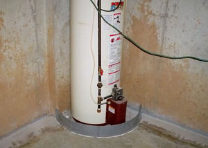 A water heater in Powell that's been protected by the FloodRing® and a perimeter drain system.